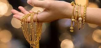 إعطاء الذهب لشخص في المنام للرجال والنساء زيادة
