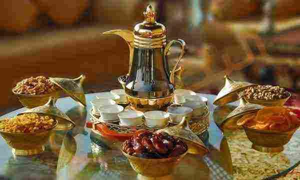 تفسير حلم الافطار في رمضان لابن سيرين ولابن شاهين زيادة
