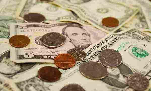جمع النقود المعدنية من الأرض بكافة حالاته للمفسر النابلسي زيادة