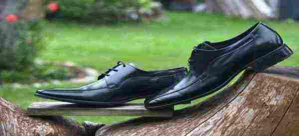 تفسير رؤية الحذاء الجديد في المنام زيادة