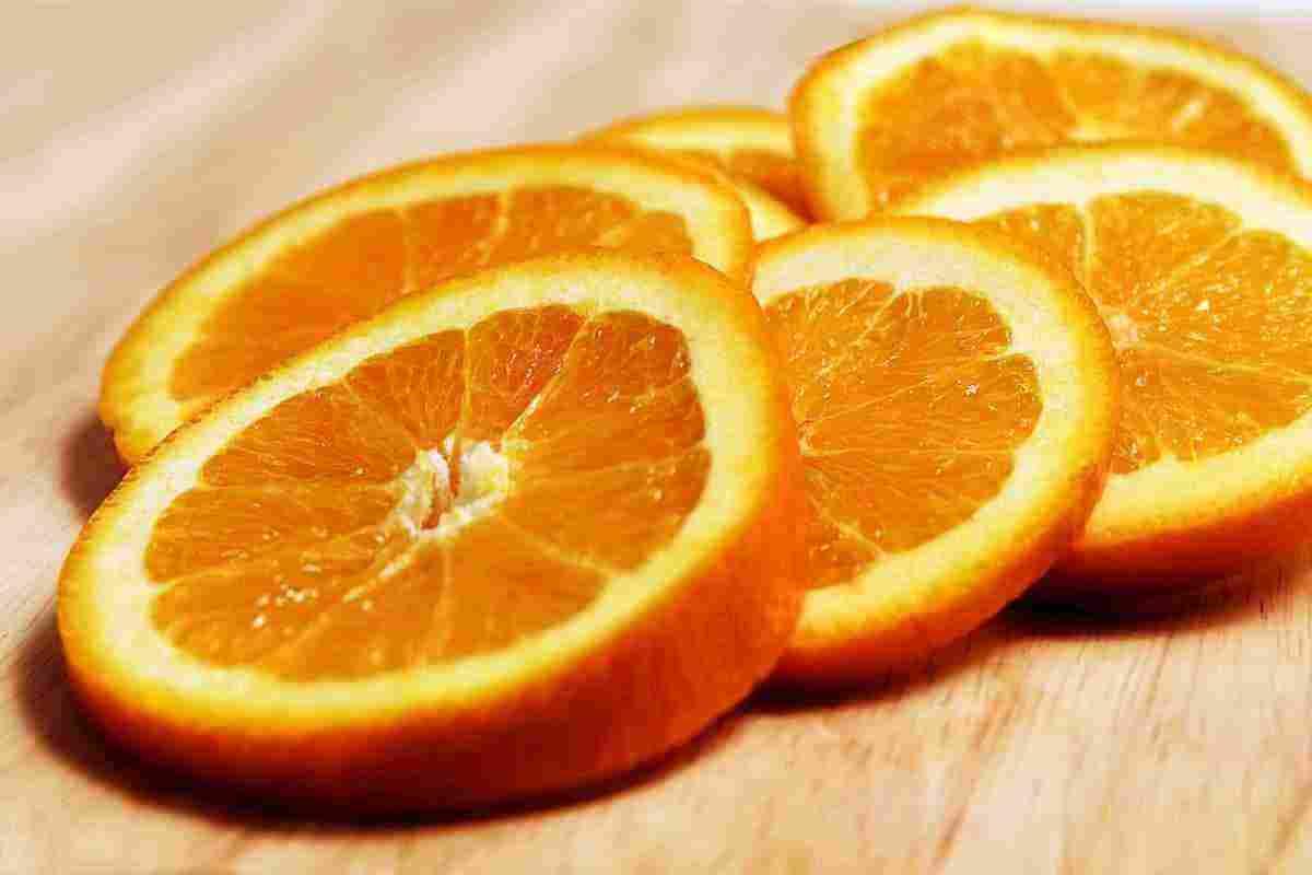 تفسير حلم البرتقال وتقشيره للعزباء والمتزوجة والمطلقة للمفسر ابن سيرين زيادة