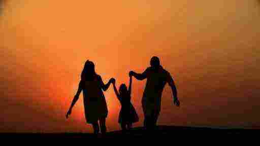 رؤية الاب والام معا في المنام زيادة