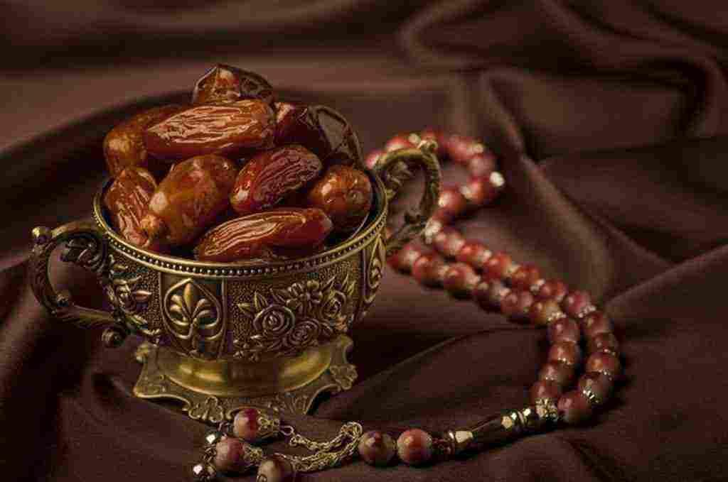 مبطلات الصيام في رمضان بين الزوجين والمبطلات العامة