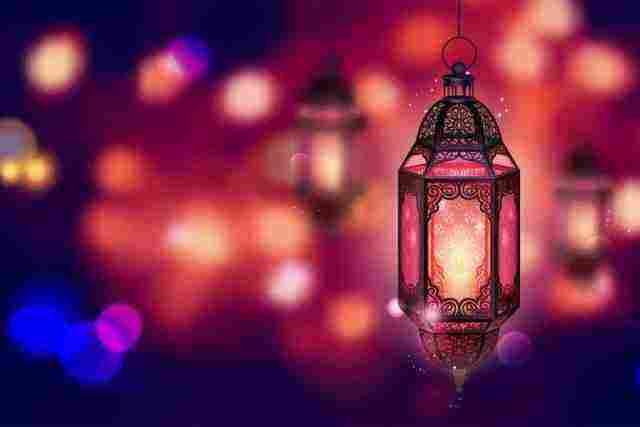 هل الذنوب تتضاعف في رمضان وهل تتضاعف الحسنات في رمضان زيادة