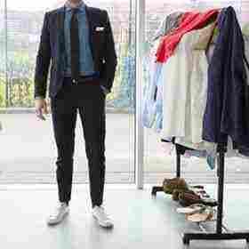 تفسير حلم تغيير الملابس مع شخص أخر أو أمام الناس للمتزوجة والمطلقة زيادة