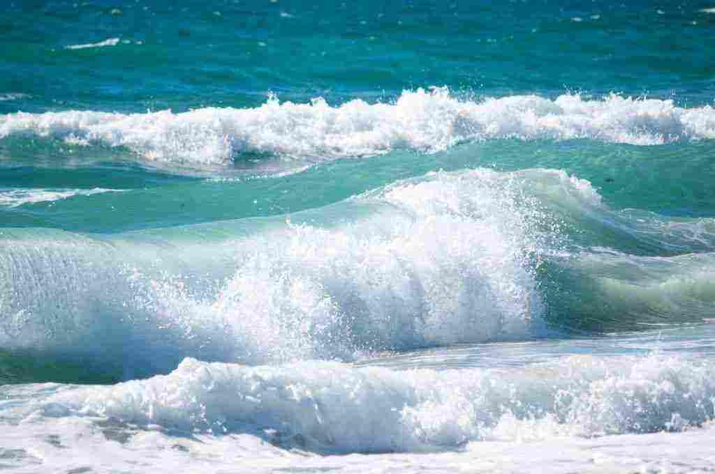ما معنى البحر في المنام