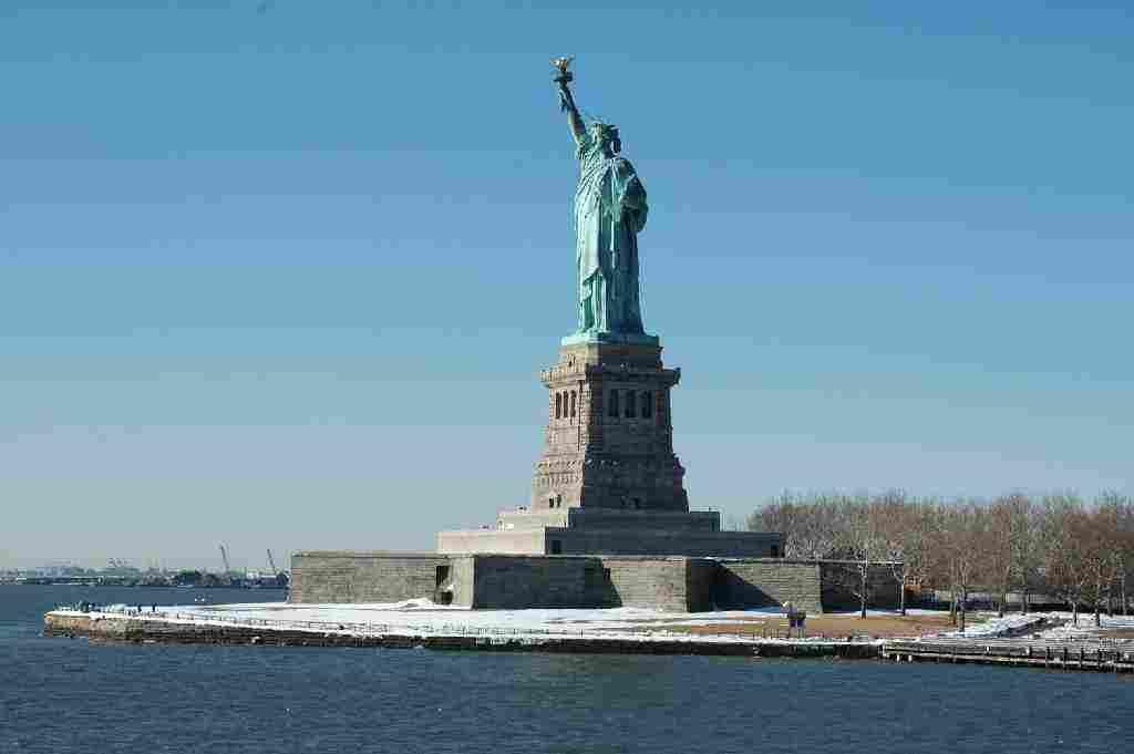 أين يقع تمثال الحرية أهم الحقائق التي لم تعرفها من قبل زيادة