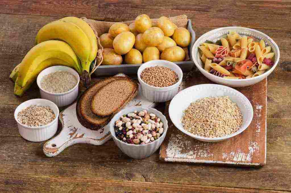 ما هي النشويات التي تزيد الوزن وأنواع الكربوهيدرات وفوائدها ونصائح هامة لزيادة الوزن زيادة