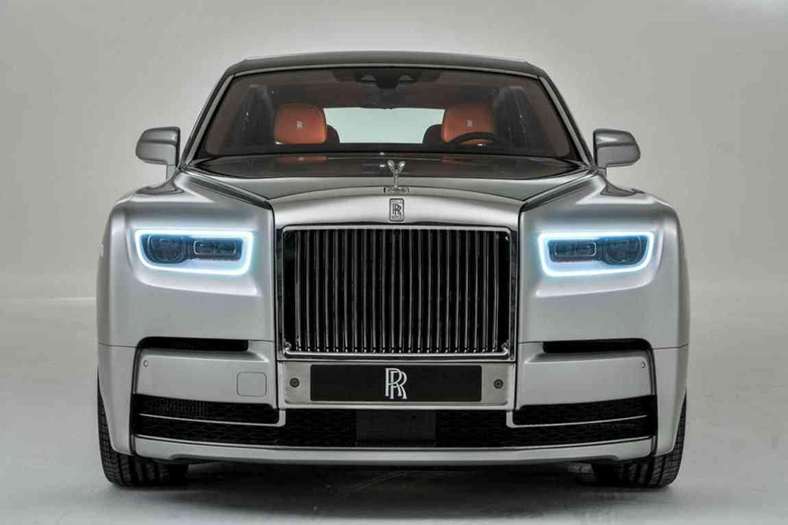 كم سعر سيارة رولز رويس ٢٠٢٠ السيارة الأفخم في العالم ومواصفات فئاتها الحديثة زيادة