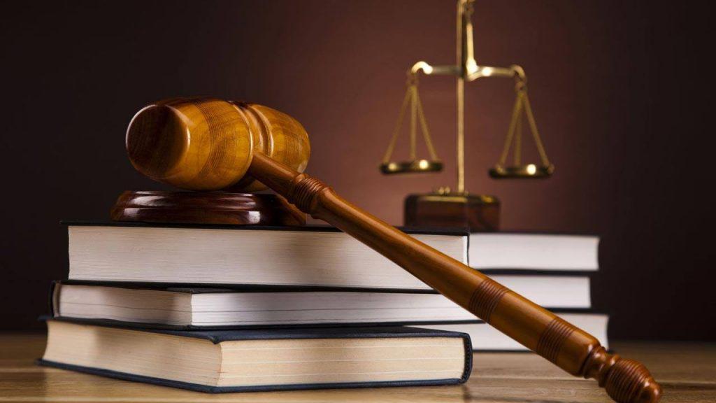 نسبة القبول في تخصص القانون للبنات وأقسامه وشروط القبول والجامعات التي تدرسه زيادة