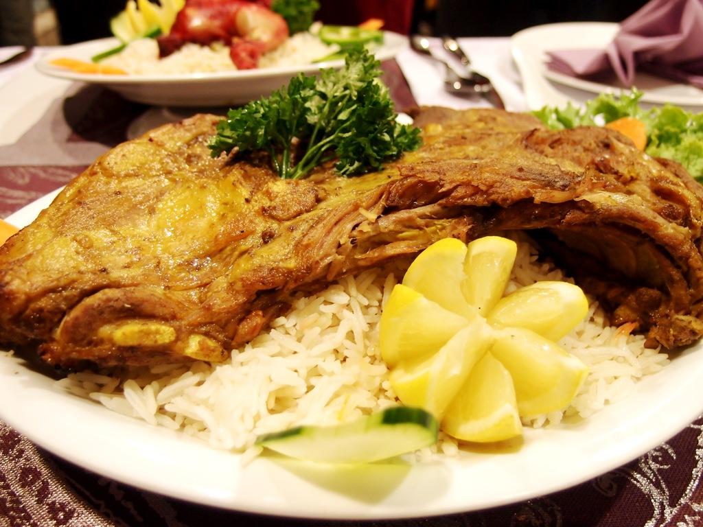 صحن الرز واللحم في المنام ما هو معناه وإلى ماذا يدل حسب تفسيرات أبن سيرين زيادة