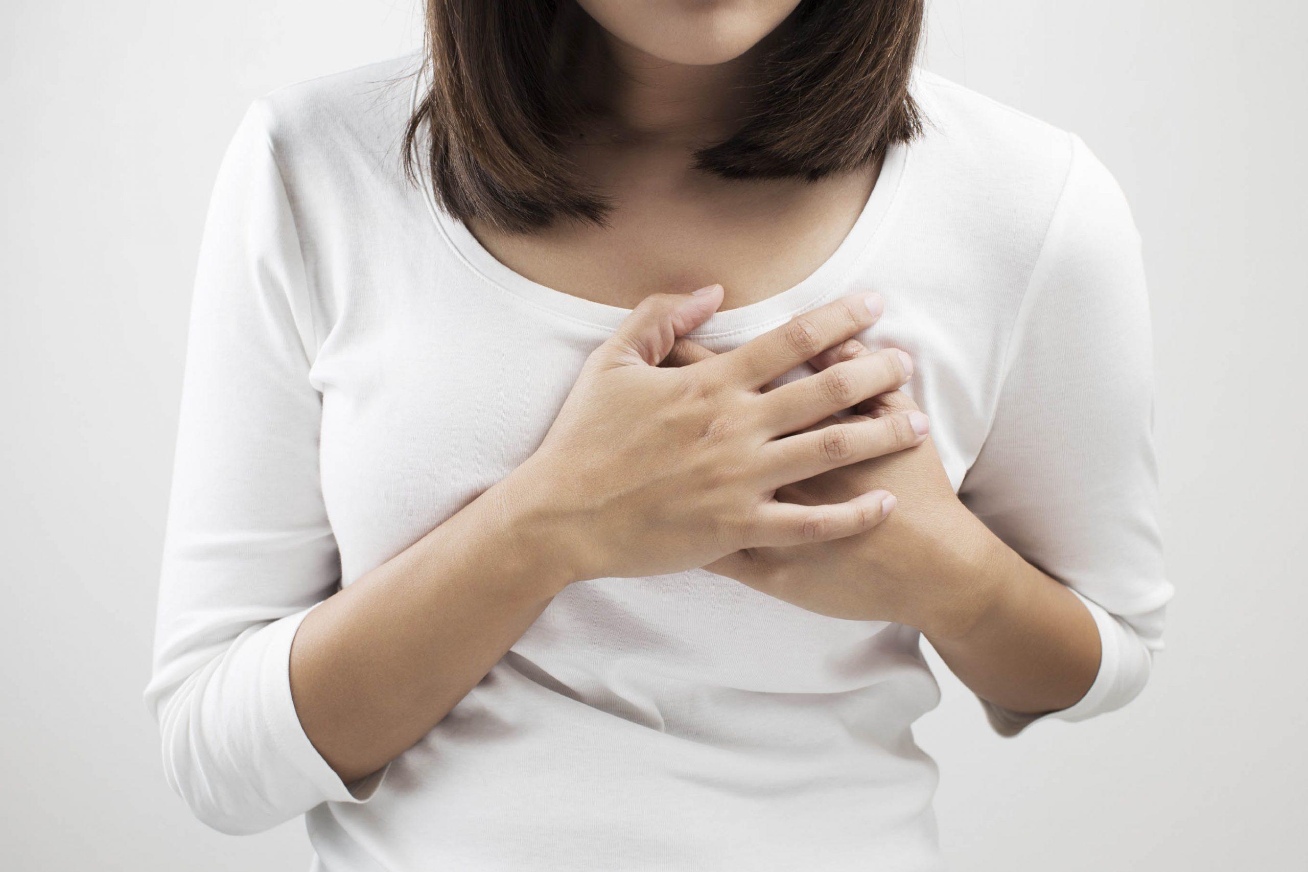 خروج حليب من الثدي في الشهر الأول من الحمل وهل يؤثر على لبن الرضاعة زيادة