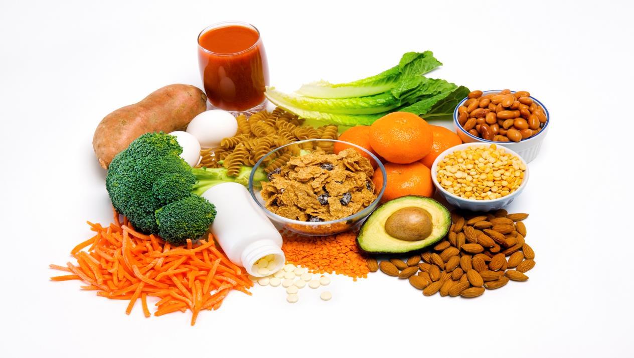 الأطعمة التي تطرد الغازات وما هي أسباب تراكمها في الجهاز الهضمي زيادة
