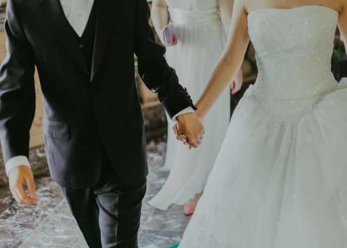 تفسير حلم الزوج الذي يتزوج ثانية في المنام.