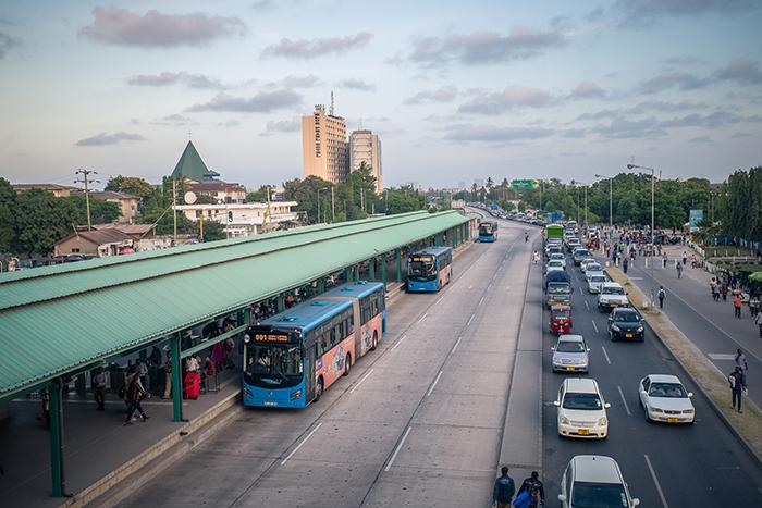 شرح دور قطاع النقل في التنمية الاقتصادية.