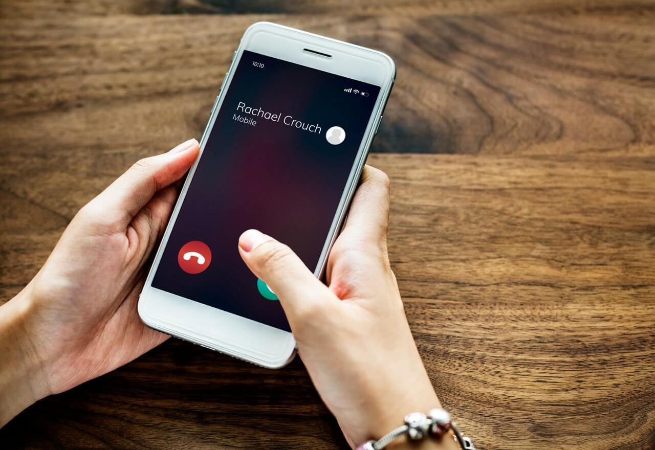 كيفية الحصول على رقم هاتف أمريكي واستخدامه على WhatsApp