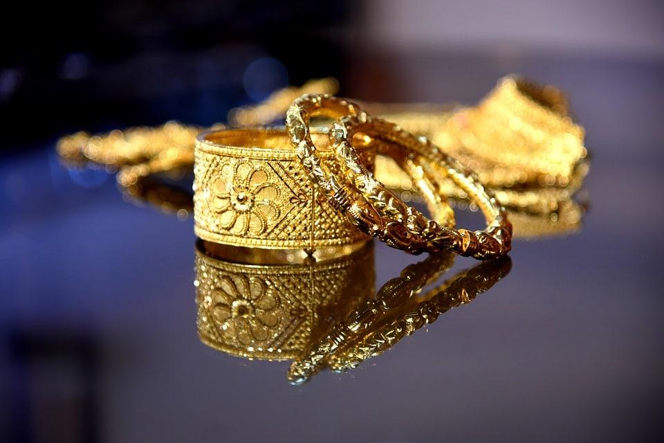 كيف تعرف الذهب الأصلي من المطلي